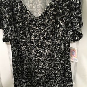 Lularoe Christy 3xl Black bkgrnd white flowers